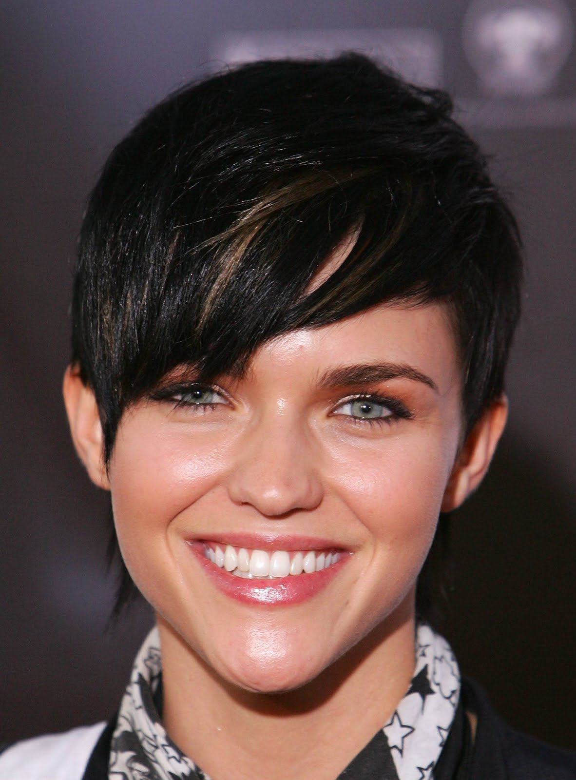 Boyish Short Haircuts Picture Prom Hairstyles