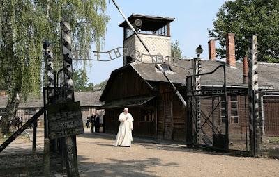 Ferenc pápa, Auschwitz, katolikusok világtalálkozója, haláltábor, arbeit macht frei