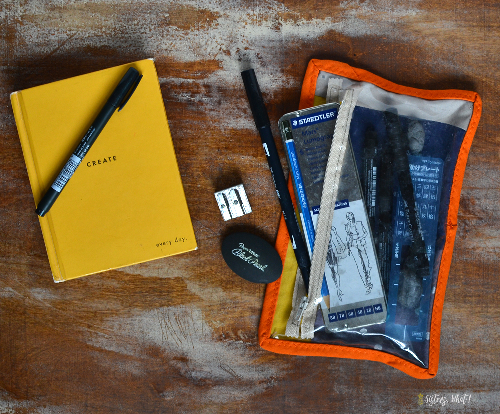 see through zipper pouch for storing drawing supplies