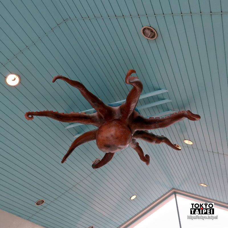 【兒島觀光港】候船室天花板有大章魚 搭船欣賞瀨戶大橋壯觀景色