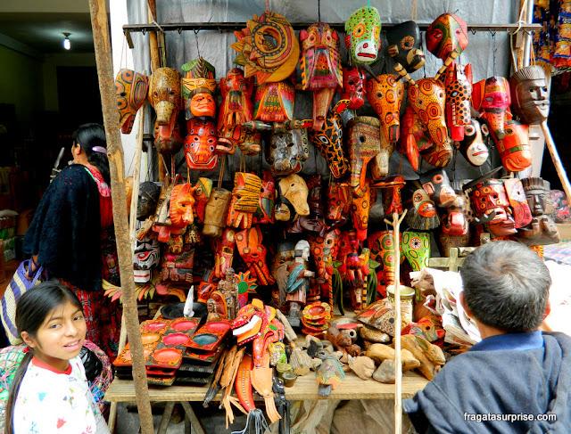 Artesanato maia no Mercado de Chichicastenango, Guatemala