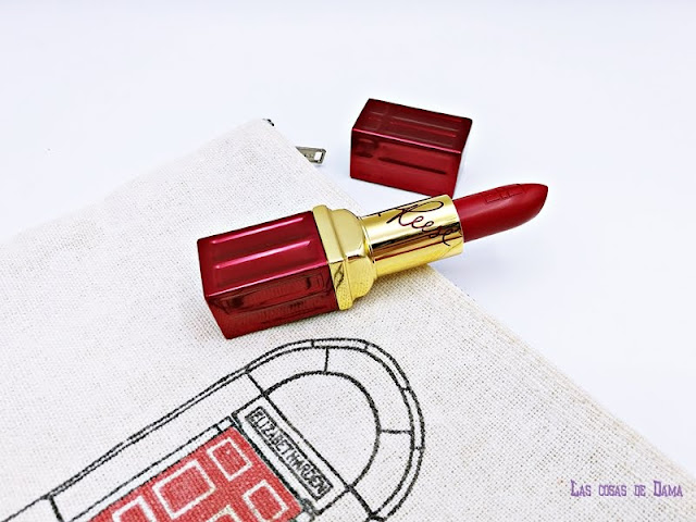 March On Elizabeth Arden reese witherspoon red lips lipstick makeup maquillaje labial rojo beauty