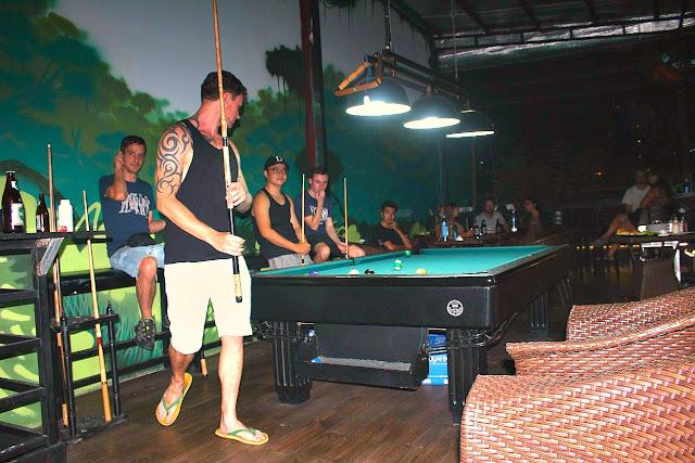 hideout hostels asia - saigon