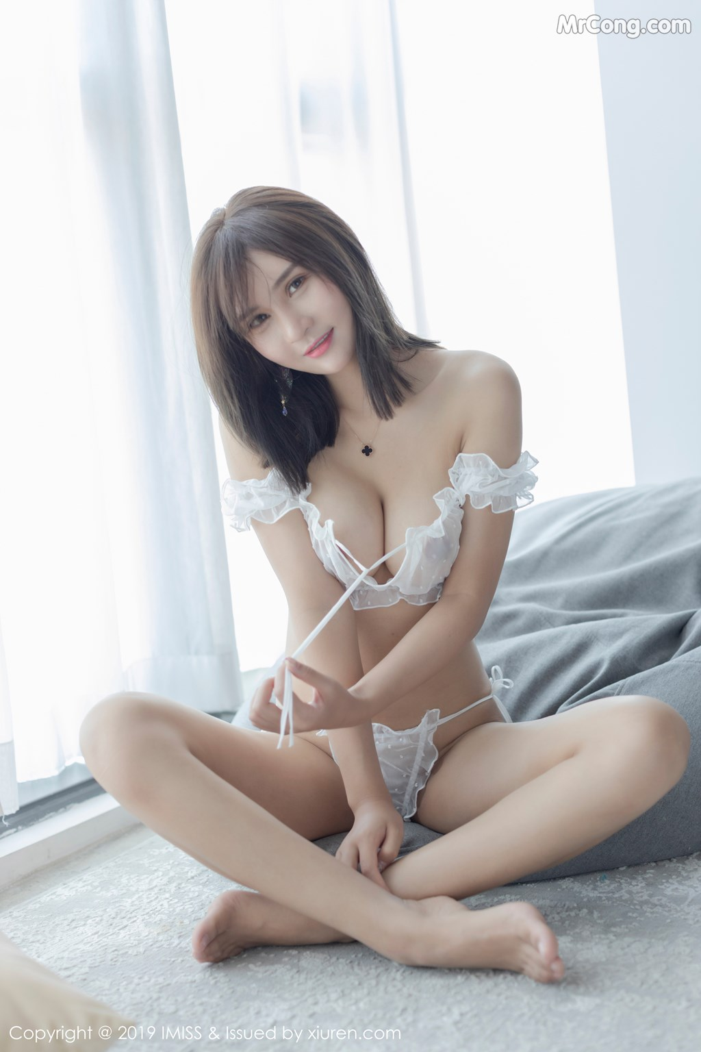 Image IMISS-Vol.339-SOLO-MrCong.com-035 in post IMISS Vol.339: SOLO-尹菲 (39 ảnh)