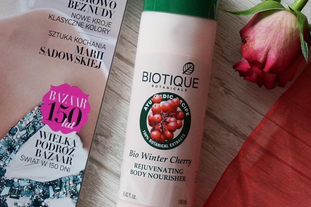 Biotique BIO odżywczo - nawilżający balsam do ciała Winter Cherry - ajurwedyjska pielęgnacja ciała