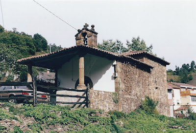 Capilla de San Pedro de Pelúgano de Abajo