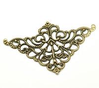 https://www.essy-floresy.pl/pl/p/Naroznik-azurowy-1-dekor-metalowy-5-x-3%2C2-cm/2903