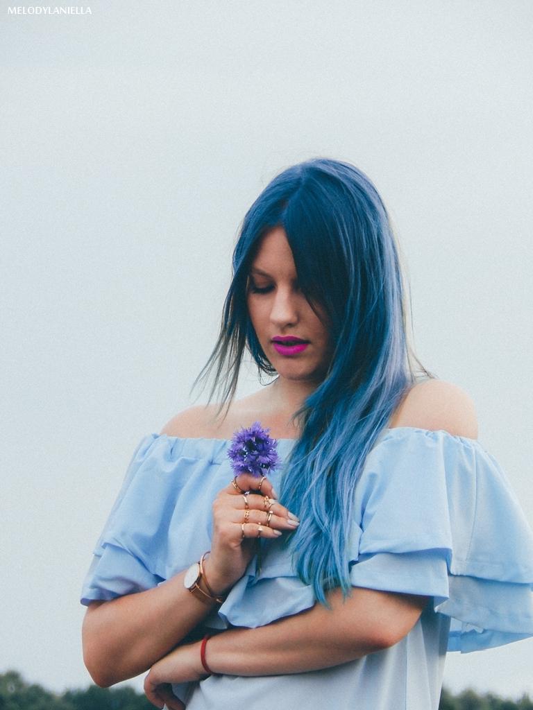 5 daniel wellington ootd lookbook fashion blogger modowe blogerki z łodzi melodylaniella blue hair niebieskie włosy baby blue hiszpanka venita błękitna sukienka stylizacja outfit modna polka pastel hair