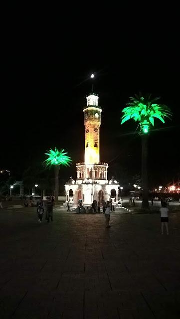 İzmir Konak Saat Kulesi (Gece)