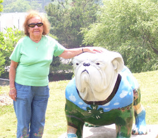 Dorothy DeMarco and the Georgia Bulldog