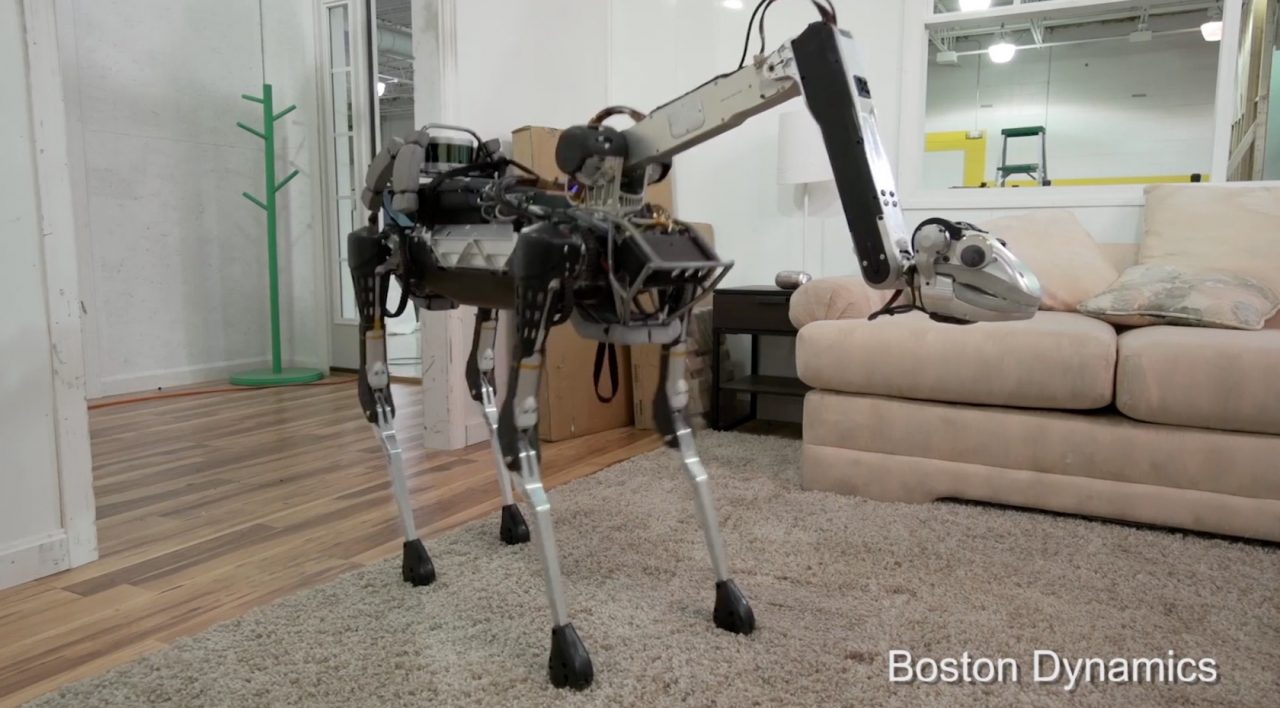 Robô SpotMini da Boston Dynamics.