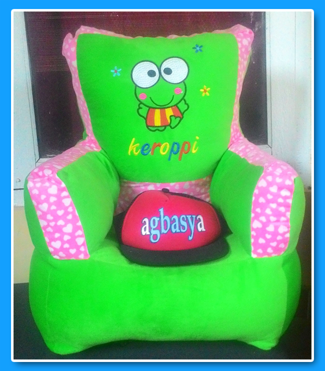 sofa karakter keroppi