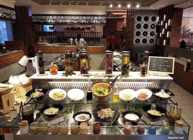 Salad, sauces & more