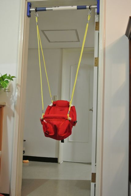 Rainy Day Indoor Baby Toddler Swing Review