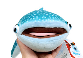 finding dory disney store destiny plush