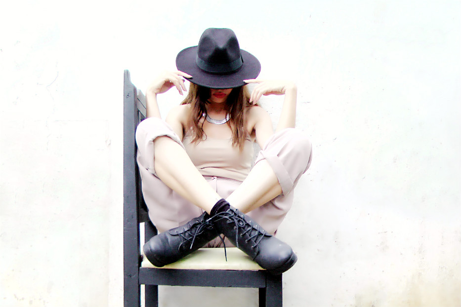 sombrero negro -  black hat