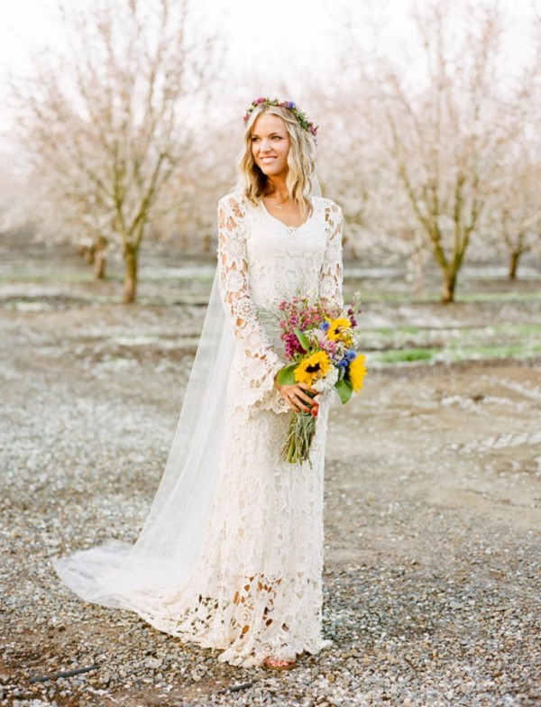 Perfect Wedding Gowns For Summer Country Wed