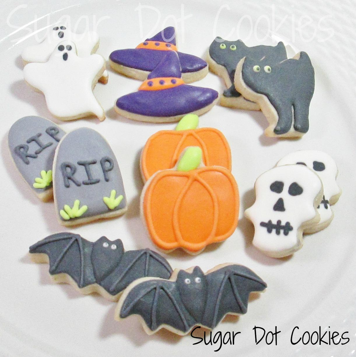 Sugar Dot Cookies: Halloween Sugar Cookies with Royal Icing