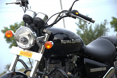 Royal Enfield Thunderbird 350 front view Hd image