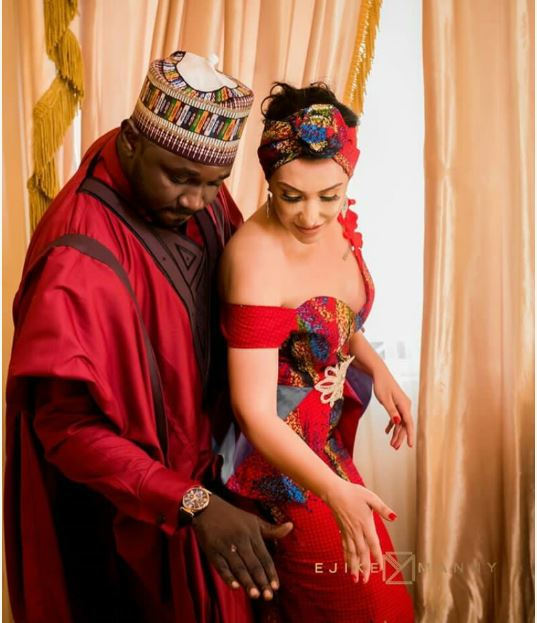 Nigerian Man Weds Beautiful Oyinbo Woman In Style (Photos)