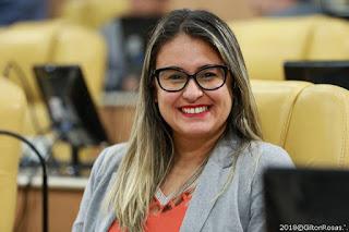 Deputada propõe política de redução de danos e riscos aos usuários de drogas