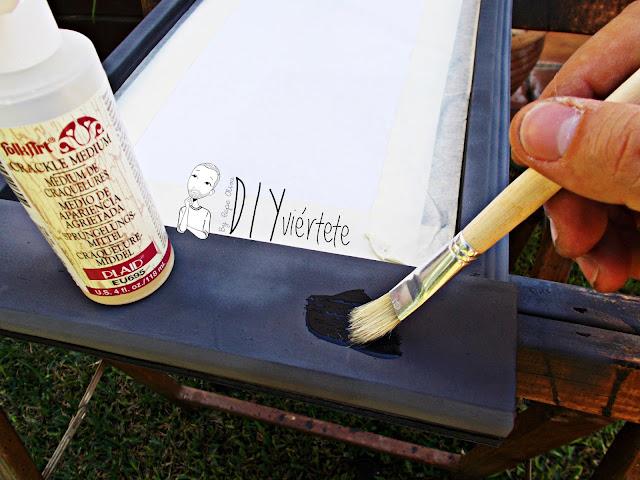 DIY-bandeja-madera-bricolaje-craquelé-pintyplus-pintar-chalkpaint-pizarra-rosa-desayuno-6