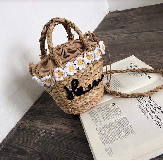 Vintage straw handbags