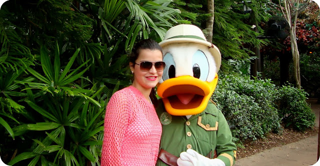 Disney´s Animal Kingdom Camp Minnie Mickey Greetings Trails Campo Minnie e Mickey fotos com o Pato Donald