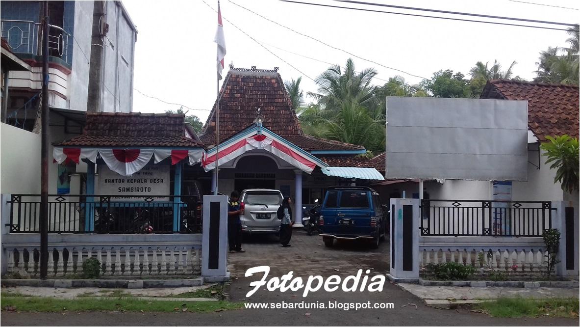 Balai Desa Sambiroto Tayu Pati