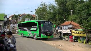 Sewa Bus Pariwisata PO. Berkah Jaya Gresik