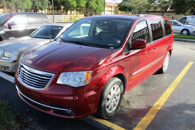 Miami Beach cars Grand Voyager