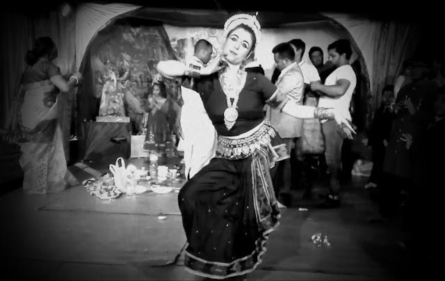 danza indiana roma bharata natyam odissi durga puja 2016