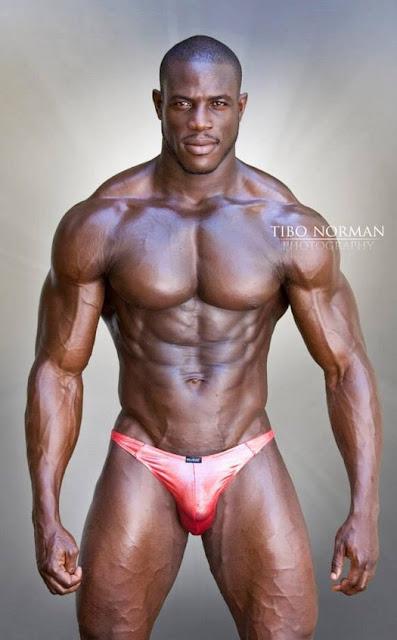 Liberian Stud Dennis Mulbah  Worldwide Body Builders-9303