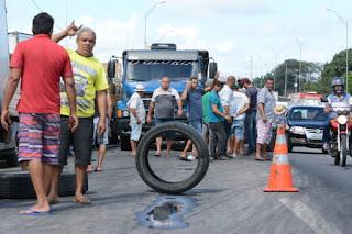Enquete: 73% acha desnecessária ação do Exército com caminhoneiros
