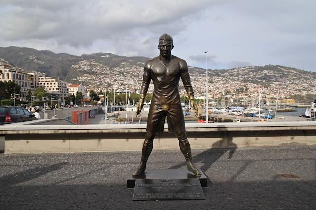 Cristiano Ronaldo statue,, Funchal, Madeira,  pic: Kerstin Rodgers/msmarmitelover