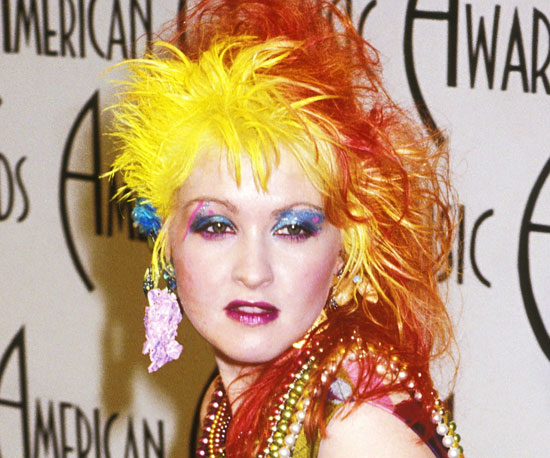 cyndi-lauper-cabelo-vermelho-laranja-cor-de-fogo