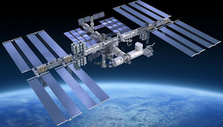 بعد 186 يوما.. 3 رواد يعودون من محطة الفضاء العالمية