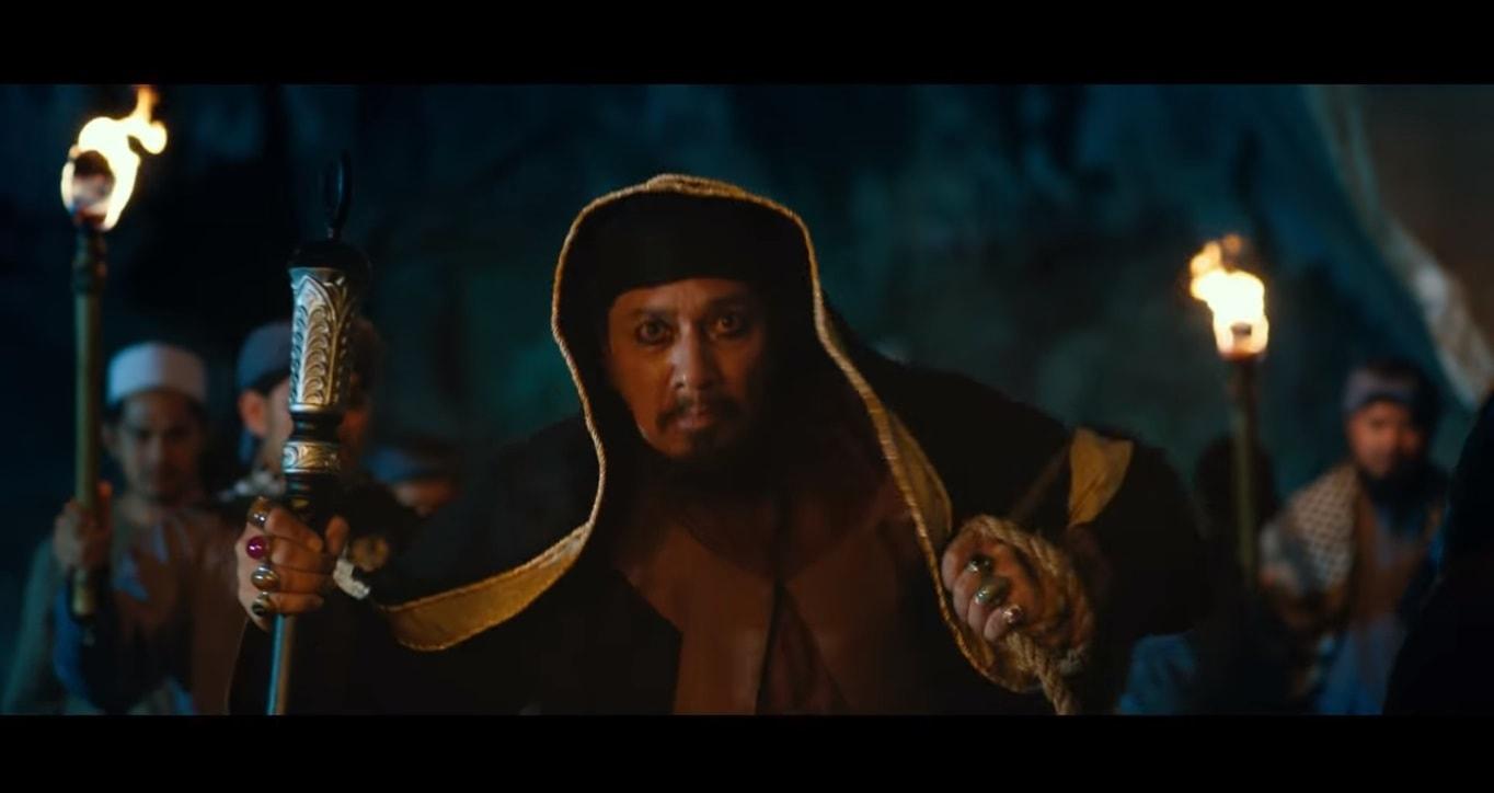 Meremang tengok Official Trailer Filem MUNAFIK 2