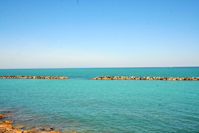 mare, cielo, scogli,