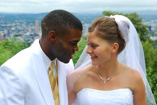 Matrimonios: extranjeros y españoles