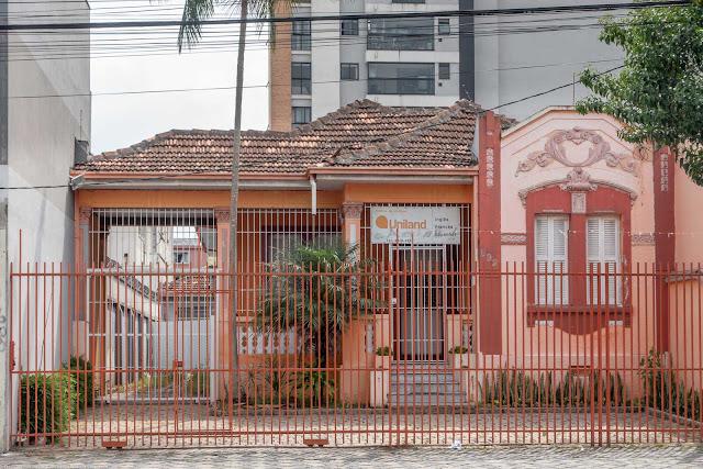 casa na Rua Alferes Poli