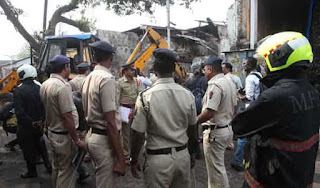 12-killed-in-major-fire-in-mumbai