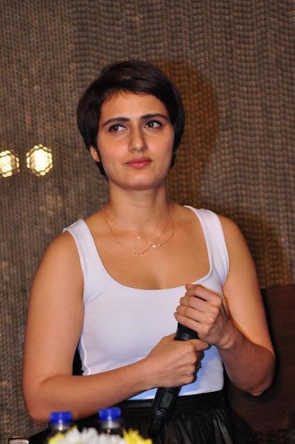 Fatima Sana Shaikh Hot