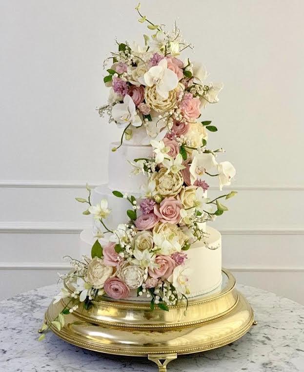 Bolo de Noiva com flores de açúcar