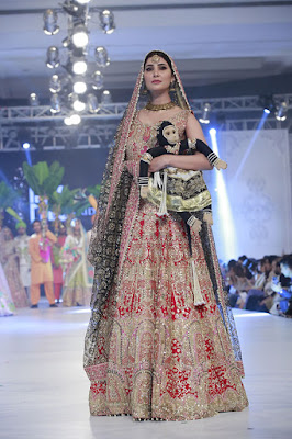 ali-xeeshan-bridal-wear-collection-at-pfdc-l-oreal-paris-bridal-week-2016-8