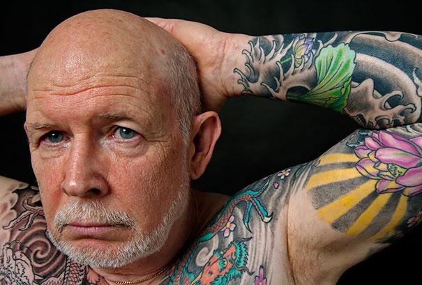 tattooed-elderly-people-12