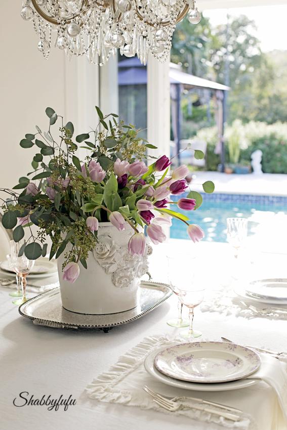 poolside dining room
