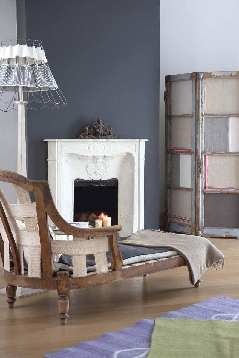 Boiserie c grigio bianco legno naturale for Arredamento bianco e legno