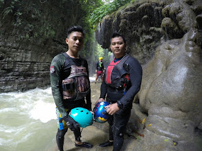 Pemandu Body Rafting