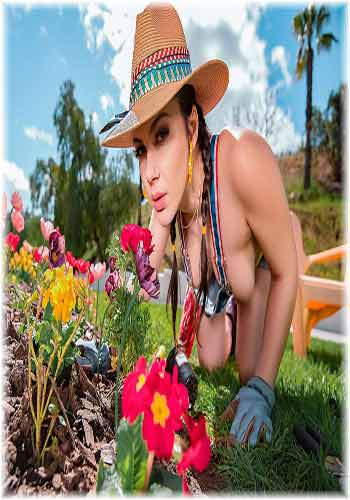 18+ RealityKings-Valentina Nappi-Gardening Hoe 2019 HDRip XXX Video Free